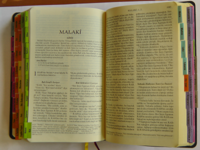 Kutsal Kitap klein